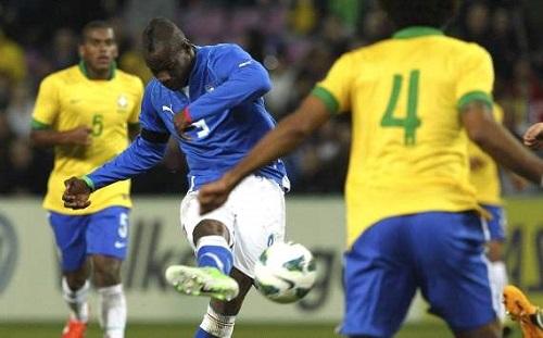 balottelli contro il brasile